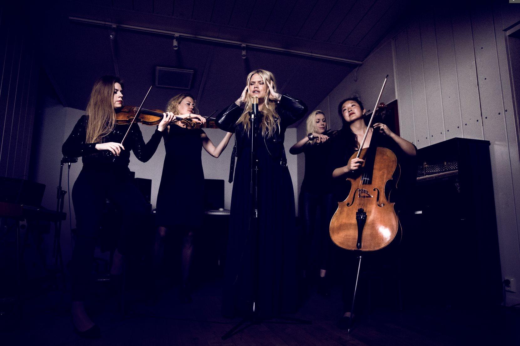 Julia Frej och Rosa Kvartetten